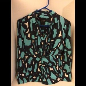 Nic and Zoe crossover long sleeve blouse NWT